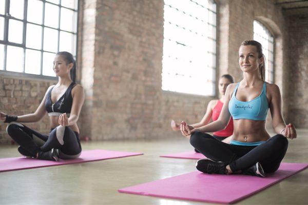 Yoga houdt je jong! Wetenschappelijk bewezen