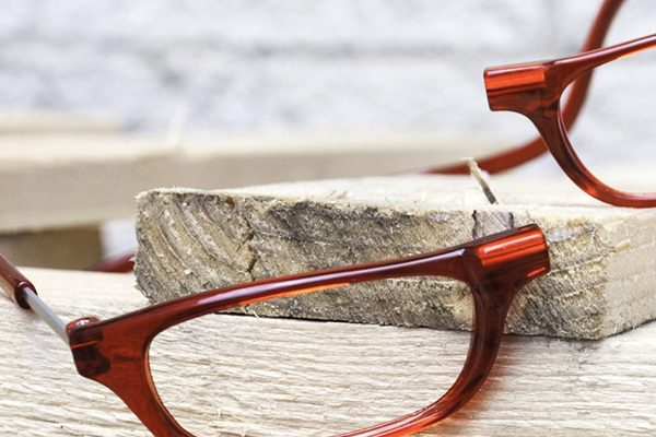De Clic leesbril is handig én heeft een uniek design
