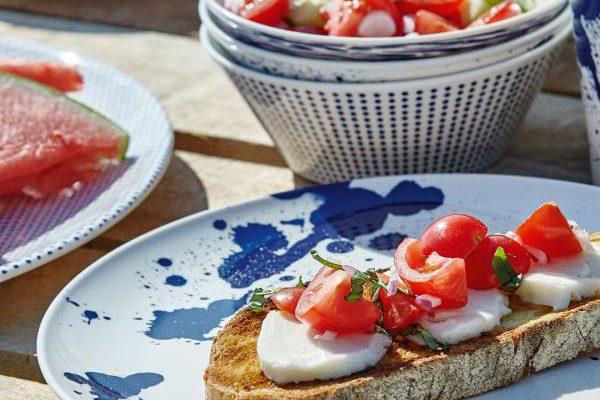 Buiten eten met classy melamine servies